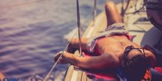 INFOGRAPHIC. How to quit your job and… live on a boat!
