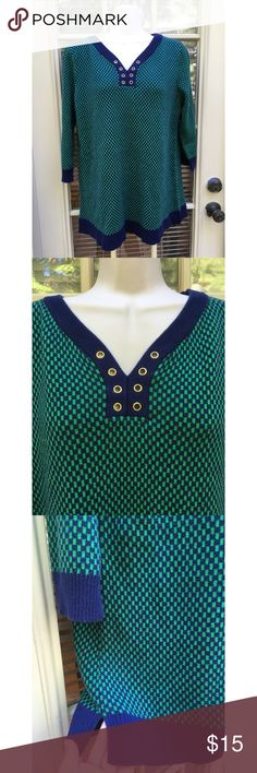 ✨ Green and Navy 3/4 sleeve Cable & Gauge sweater - Green and Navy 3/4 Cable & Gauge sweater  - Adorable sweater from cable & gauge/ Macy's  - 3/4 sleeve, blue and navy checkered design with gold open hole design around neck  - Very flattering and soft material - Small slits on side (see photo)  - Worn only a few times, great condition - Material: 60% Cotton 40% Acrylic  - Brand: Cable & Gauge/ Macy's - Size: Tag says XL, would fit L-XL best   *20% off 2+ * Make me an offer!! Cable & Gauge…