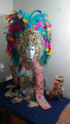 Product Image Diy Carnival, Carnival Outfits, Carnival Themes, Carnival Masks, Carnival Costumes, Dance Costumes, Aladdin Costume, Mardi Gras Centerpieces, Caribbean Carnival