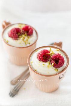 Mousse al cioccolato bianco - Ricetta Mousse al cioccolato bianco