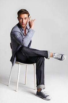 Le jean en denim rigide
