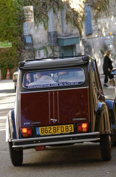 by Yoshikatsu Nakajima Driving in Provence, France Provence France, Paris France, Psa Peugeot Citroen, 2cv6, French Lifestyle, French Style Homes, Oldschool, Cabriolet, French Countryside