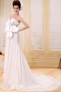 Fishtail Romantic/Glamorous Mermaid Floor-length Natural Chiffon Sweatheart Zipper Ruffles/Flowers/Bow Train Sleeveless White Wedding Dress