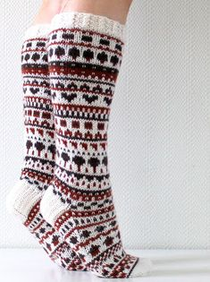 Ravelry: Suklaasukat pattern by Niina Laitinen Fair Isle Knitting, Knitting Socks, Rainbow Dog, Men In Heels, Yarn Thread, Thick Socks, Boot Socks, Pullover, Mittens