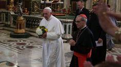 PAPA FRANCISCO LLEGÓ A ROMA Y REZÓ EN SANTA MARÍA LA MAYOR  http://www.zenit.org/es/articles/francisco-llego-a-roma-y-rezo-en-santa-maria-la-mayor