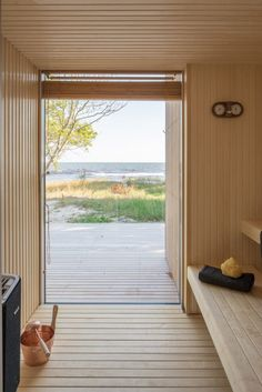 Sommarhus H is a Swedish house by Johan Sundberg that has a deliberately simple form to draw attention to its Baltic sea backdrop. Beddinge, Larch Cladding, Living In Boston, Chief Architect, Swedish House, Baltic Sea, Prefab Homes, Open Plan Kitchen, Cabinet Design