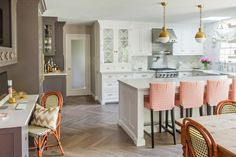 The kitchen island is large and doubles as a breakfast zone, the space is spruced up with peachy chairs Vintage Shabby Chic, Cool Kitchens, Home Remodeling, Vintage Inspired, Kitchen Design, Rustic, Interior, Pretty, Modern