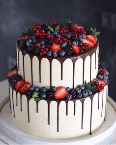 Newest No Cost fruit cake decoration Style - yummy cake recipes Pretty Cakes, Beautiful Cakes, Amazing Cakes, Unique Cakes, Creative Cakes, Food Cakes, Cupcake Cakes, Cupcakes, Nake Cake