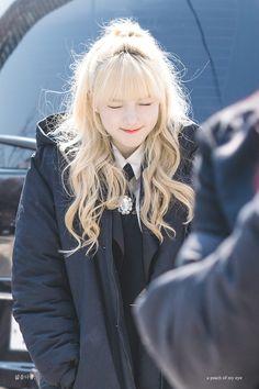 GFriend - YeRin ❤ 예린 Kpop Girl Groups, Korean Girl Groups, Kpop Girls, Mamamoo Moonbyul, Kim Ye Won, Cloud Dancer, Fandom, G Friend, Korean Singer