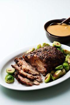 Keto Pork Roast with Creamy Gravy — Recipe — Diet Doctor - Slow Cooking Slow Cooker Beef, Slow Cooker Recipes, Low Carb Recipes, Cooking Recipes, Cooking Time, Roast Gravy, Pork Roast, Pork Loin, Keto Foods