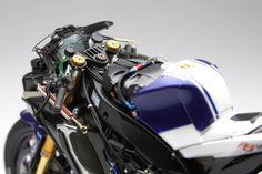 1/12Tamiya- Yamaha YZR-M1'09 Fiat Yamaha Team №46