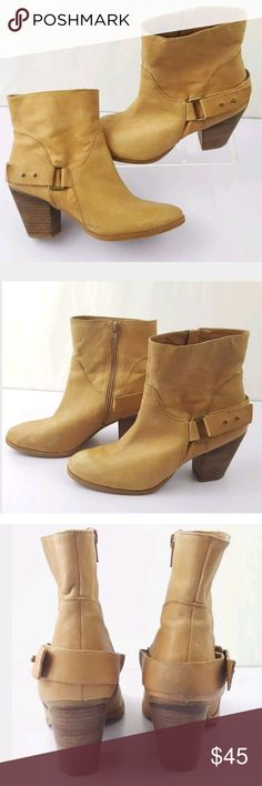 """Nine West Women's Booties Size 9 Butterscotch tan Brand: Nine West  Size: Women's USA 9  style: Booties, inside zipper, outside buckle accent, 3"""" block heel, shaft height 5""""  color: Butterscotch tan  condition: Very good, minimal very subtlescuffing, bottom soles look new, lots of life left in these Nine West Shoes Ankle Boots & Booties"""