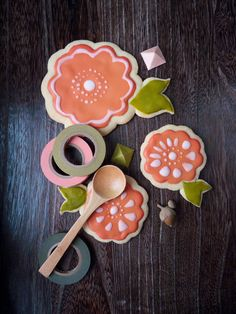Flower sugar cookies via My Little Fabric