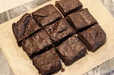 Brownies still warm they're amazing ^. Fika, Healthy Baking, Lchf, Brownies, Food And Drink, Eat, Desserts, Amazing, Glass