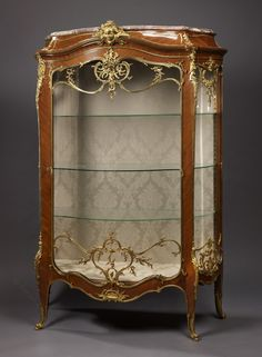 FRANÇOIS LINKE (1855-1946) An Important Exhibition Louis XV Style Kingwood and Gilt-Bronze Bombe Vitrine