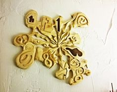 dert 1771 geschnitztes ziffernblatt für uhr Bathroom Hooks, Carving, Clock, Creative