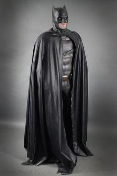 Batman Cape, Batman Suit, Batman And Batgirl, Im Batman, Batman Cosplay, Gotham City, Robin, Dc Icons, Batman Artwork