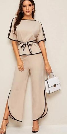 Suit Fashion, Fashion Pants, Fashion News, Girl Fashion, Fashion Dresses, Womens Fashion, Fashion Design, Fashion Blouses, Blouses For Women