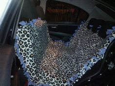 DIY Dog Car Seat Cover...Made from a fleece tie blanket!