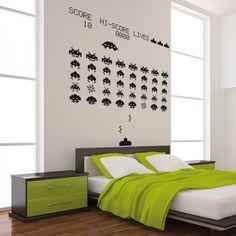 #vinilo del conocido juego de marcianitos (Space Invaders) muy resistente, fácil de colocar y disponible en dos tamaños! entra en : http://empapelandoonline.com/ y compra el tuyo!  buen miércoles a todos!!!  #decoración #diy #habitacion #decohome #hogar #interiorismo #diseño #sticker