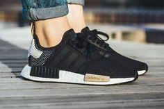 Adidas Women Shoes - Adidas WMNS (Core Black) – Sneaker Freaker - We reveal the news in sneakers for spring summer 2017 Women's Shoes, Zapatos Shoes, Cute Shoes, Me Too Shoes, Shoe Boots, Shoes Style, Golf Shoes, Sports Shoes, Adidas Nmd R1