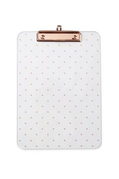 Page Not Found – 404 Display your most important documents on Typo's printed Clipboard. Clipboard comes with rose gold accented metal and a pretty polka dot print to organise your insta-worthy desk space! Stationary Supplies, Stationary School, Cute Stationary, Rose Gold Room Decor, Rose Gold Rooms, Cute Office Supplies, Cool School Supplies, College School Supplies, Desk Supplies