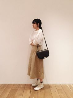 青柳 文子さんの「wrapping chino pants(No6)」を使ったコーディネート