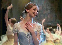 Evgenia Obraztsova as Giselle (Bolshoi Theatre).