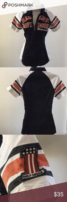 🏍Genuine Harley Davidson Top🏍 Awesome Harley Davidson Top with zipper front! Figure flattering! Harley-Davidson Tops