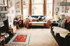 Tessa's airbnb flat in Glasgow  https://www.airbnb.co.uk/rooms/93351