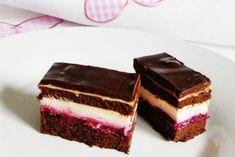 Sumski kolac - kombinacija najfinijih sastojaka - My site Brze Torte, Kolaci I Torte, Baking Recipes, Cookie Recipes, Dessert Recipes, Food Cakes, Cupcake Cakes, Torta Recipe, Raw Cake