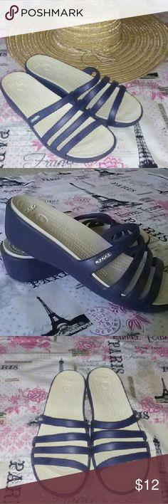 6aeaba662c058d Crocs Sandals Cute sandals perfect for around town! Slight wedge. CROCS  Shoes Sandals Crocs