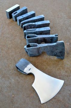Forged axe progression by Derrick Glaser at New England School of Metalwork (NESM). Give credit where credit's due. Forging Metal, Forging Tools, Forging Knives, Blacksmithing Knives, Forged Knife, Forged Steel, Blacksmith Projects, Messer, Custom Knives