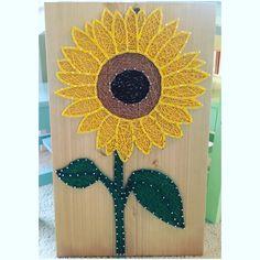 Sunflower String Art- order from KiwiStrings on Etsy! www.KiwiStrings.etsy.com