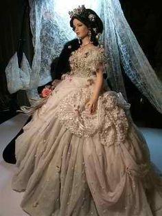 "Poupée - robe de ""Conte de Fée"""