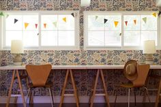 vintage inspired wallpaper | THE PLACE HOME