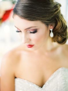 MAKEUP// Romantic glam wedding makeup {Photo by Erich McVey via Project Wedding} Bridal Hair And Makeup, Bridal Beauty, Wedding Beauty, Wedding Makeup, Hair Makeup, Wedding Updo, Wedding Attire, Wedding Dresses, Wedding Bride