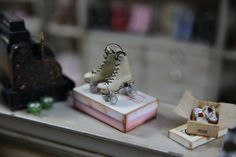 Handmade old style rollerskates/blades in incredibly thin and soft beige leather and real wood sole, scale 1:12 by minis2you on Etsy