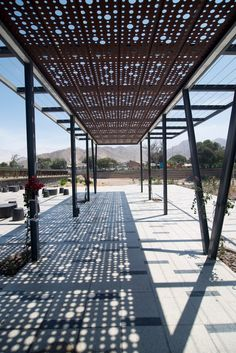 Kaukari Urban Park, © Rodrigo Opazo When historical around idea, your pergola may be enduring Pergola Canopy, Diy Pergola, Pergola Kits, Pergola Ideas, Landscape Structure, Landscape Architecture, Landscape Design, Canopy Architecture, Natural Playground