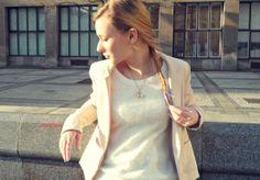 #OOTD #birdnecklace #fishtailbraid #whitesweater #pinkbow