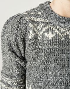 Great sleeve on this sweater.