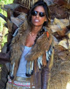 SWANK Exclusive Tan Raccoon Fur Collar w/Fringe PRE-ORDER/SPECIAL ORDER: PLEASE ALLOW 3+ WEEKS FOR ARRIVAL We are DYING over this new line of furs from Spain! These amazing furs are exclusive in the U