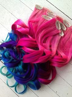 All I can say about this set of hair extensions is COLORFUN!   Starting off with a quick light pink fade, followed by ONLY vibrant solid pink, purple and blue.   Everything about this set is color-fun!  Rootless Ombre, Dip Dye, Pink Rainbow Hair. Double wefted Remy Human Hair.  Indian Re...