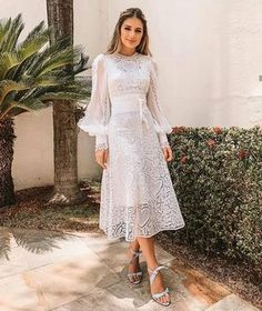 Looks for civil wedding to use in winter - Wedding Feed : Leading Wedding & Bride Magazine Skirt Outfits, Dress Skirt, Lace Dress, Dress Up, Lace Outfit, White Long Sleeve Dress, White Dress, Evening Dresses, Prom Dresses