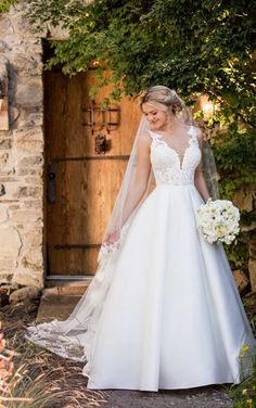 Essense of Australia D2421- Find gown @ De Ma Fille Bridal in Ft. Worth, TX. 817.921.2964, www.demafille.com