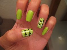 Plaid nail art design                 creativebeautyhealth.com