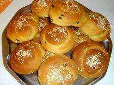 Kouloriakia orange in 2019 Sweet Pastries, Bread And Pastries, Greek Desserts, Greek Recipes, Greek Cookies, Cookie Recipes, Dessert Recipes, The Kitchen Food Network, Bread Art