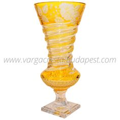 Yellow Flower Vase 3150€