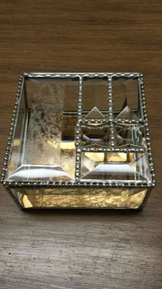 Exquisite Stained Glass Beveled Jewelry Box, Keepsake Box Glue Chip Bevels Stunning Craftsmanship! Exquisite Beveled Jewelry Box! The sides of