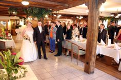 Ankunft des Brautpaares im Jeddinger Hof